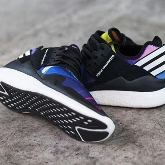 f939122f7 Adidas Yohji Yamamoto Y-3 Retro Boost Sneakers